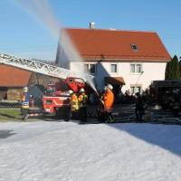 07-11-2015_Biberach_Gutenzell-uebung_Bauernhof-Brand_Feuerwehr_new-facts-eu0046
