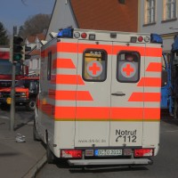 13-11-2015_Biberach_Ochsenhausen_Lkw_Frau_Fussgaengerweg_Feuerwehr_Poeppel_new-facts-eu0001