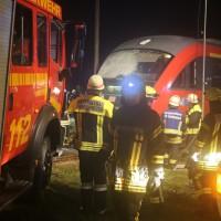 2015_BY_Unterallgaeu_Breitenbrunn_Unfall_Regionalzug_Linienbus_Feuerwehr_Poeppel_new-facts-eu0003