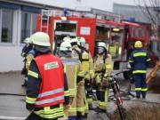 01-12-2015_Unterallgaeu_Ottobeuren_Brand-Rauch_Metallbetrieb_Feuerwehr_Poeppel_new-facts-eu0008