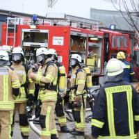 01-12-2015_Unterallgaeu_Ottobeuren_Brand-Rauch_Metallbetrieb_Feuerwehr_Poeppel_new-facts-eu0009