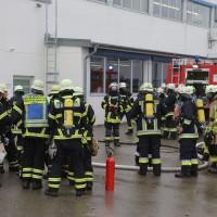 01-12-2015_Unterallgaeu_Ottobeuren_Brand-Rauch_Metallbetrieb_Feuerwehr_Poeppel_new-facts-eu0021