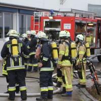 01-12-2015_Unterallgaeu_Ottobeuren_Brand-Rauch_Metallbetrieb_Feuerwehr_Poeppel_new-facts-eu0022
