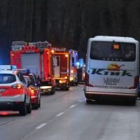 16-12-2015_Memmingen_Volkratshofen_Ferthofen_Unfall_Feuerwehr_Poeppel_new-facts-eu0001