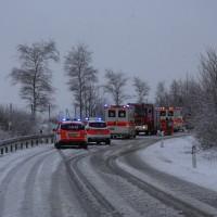 31-01-2016_Unterallgäu_Westerheim_Erkheim_Unfall_Schneeglaette_Feuerwehr_Poeppel_new-facts-eu_mm-zeitung-online_005