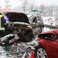 31-01-2016_Unterallgäu_Westerheim_Erkheim_Unfall_Schneeglaette_Feuerwehr_Poeppel_new-facts-eu_mm-zeitung-online_011