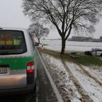 31-01-2016_Unterallgaeu_Woerishofen_Unfall_Pkw-Baum_Feuerwehr_Poeppel_new-facts-eu_mm-zeitung-online_006