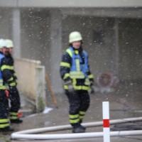 03-02-2016_Memmingen_Brand_Hochhaus-Heizungsanlage_Feuerwehr_Poeppel_new-facts-eu_mm-zeitung-online_046