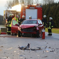 22-02-2016_B300_Unterallgaeu_Babenhausen_Unfall_Feuerwehr_Poeppel_new-facts-eu_mm-zeitung-online009