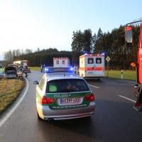 22-02-2016_B300_Unterallgaeu_Babenhausen_Unfall_Feuerwehr_Poeppel_new-facts-eu_mm-zeitung-online011