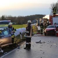 22-02-2016_B300_Unterallgaeu_Babenhausen_Unfall_Feuerwehr_Poeppel_new-facts-eu_mm-zeitung-online014
