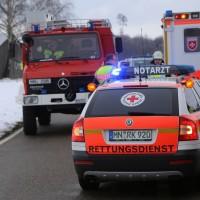 25-02-2016_BY_unterallgaeu_Lachen_Unfall_Feuerwehr_Poeppel_new-facts-eu_mm-zeitung-online043