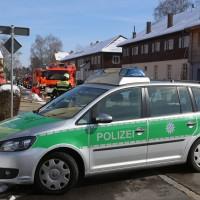 26-02-2016_BY_Memmingen, Wohnungsbrand_Mehrfamilienhaus-Feuerwehr_Polizei_Festnahme_Poeppell_new-facts-eu012