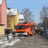 26-02-2016_BY_Memmingen, Wohnungsbrand_Mehrfamilienhaus-Feuerwehr_Polizei_Festnahme_Poeppell_new-facts-eu016