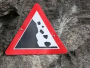 Steinschlag Schild