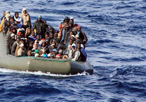 Bootsflüchtlinge im Mittelmeer (Archiv), Marina Militare, über dts Nachrichtenagentur