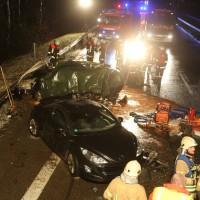 03-03-2016_A96_Sigmarszell_toedlicher-Unfall_Feuerwehr_Poeppel_new-facts-eu043