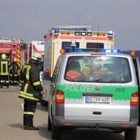08-03-2016_Unterallgaeu_Pfaffenhausen_Unfall_Lkw-Pkw_Feuerwehr_Poeppel_new-facts-eu016