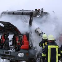 16-03-2016_Memmingen_Volkratshofen_Lkw-Brand_Feuerwehr_Poeppel_new-facts-eu011