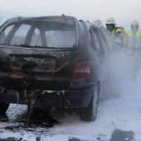 22-03-2016_A96_Erkheim_Holzguenz_Pkw-Brand_Feuerwehr_Poeppel_new-facts-eu014
