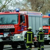02-04-2016_Ravensburg_Hinstobel_Guelle-Lkw_Unfall_Feuerwehr_Bergung20160402_0016