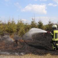 04-04-2016_Biberach_Tannheim_Rot_Waldbrand_Feuerwehr_Poppel20160404_0045
