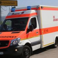 04-04-2016_Unterallgaeu_Groenenbach_UNfall_Abschleppwagen_Pkw_Polizei_Feuerwehr_Poppel20160404_0014
