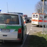 04-04-2016_Unterallgaeu_Groenenbach_UNfall_Abschleppwagen_Pkw_Polizei_Feuerwehr_Poppel20160404_0018