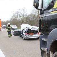 05-04-2016_A7_Berkheim_Memmimgen_Unfall_Lkw_2PKW-Feuerwehr_Poeppel20160405_0009
