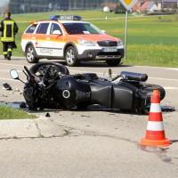 11-04-2016_Unterallgaeu_Ottobeuren_Motorrad_Pkw_Feuerwehr_Poeppel20160411_0022