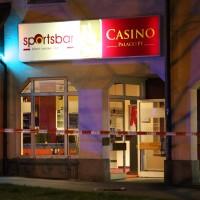 13-04-2016_Kaufbeuren_Toter_Messerstecherei_Casino_Sudetenstrasse_Polizei_Feuerwehr_Poeppel20160413_0012