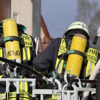 19-04-2016_Biberach_Gutenzell_Brand_Silo_Saegemehl_Feuerwehr_Poeppel20160419_0044