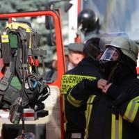 19-04-2016_Biberach_Gutenzell_Brand_Silo_Saegemehl_Feuerwehr_Poeppel20160419_0092