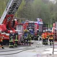19-04-2016_Biberach_Gutenzell_Brand_Silo_Saegemehl_Feuerwehr_Poeppel20160419_0152