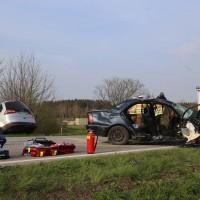 22-04-2016_Unterallgaeu_Kirchdorf_Tuerkheim_Unfall_Feuerwehr_Poeppel20160422_0014
