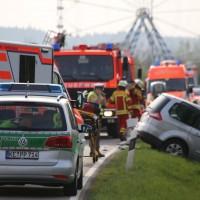 22-04-2016_Unterallgaeu_Kirchdorf_Tuerkheim_Unfall_Feuerwehr_Poeppel20160422_0045