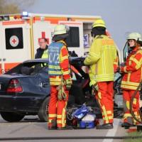22-04-2016_Unterallgaeu_Kirchdorf_Tuerkheim_Unfall_Feuerwehr_Poeppel20160422_0064