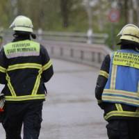 26-04-2016_Unterallgäu_Buxheim_Autobahnbruecke_Kipper_Unfall_Feuerwehr_Poeppel_0008