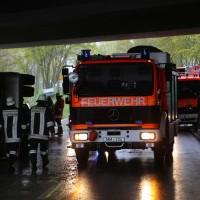 26-04-2016_Unterallgäu_Buxheim_Autobahnbruecke_Kipper_Unfall_Feuerwehr_Poeppel_0019