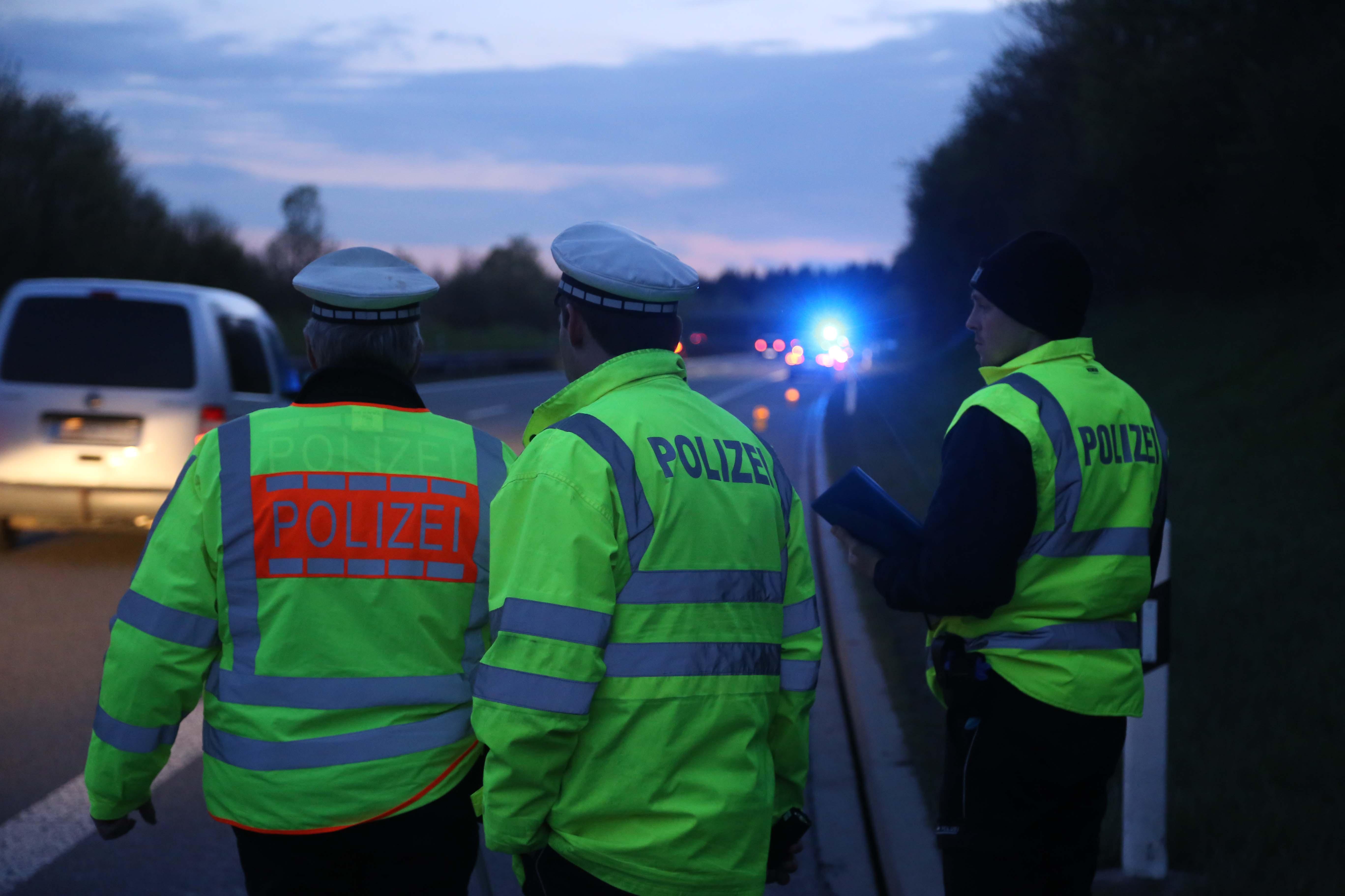 28-04-2016_A96_Aichstetten_Leutkirch_Unfallrekonstruktion_Polizei_Poeppel_0019