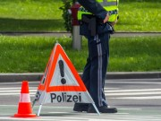 Polizei Einsatz. Straßensperre