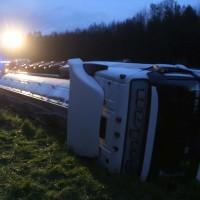 03-05-2016_A96-Stetten_Erkheim_Lkw-Unfall_Feuerwehr_Poeppel_0016