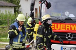 11-05-2016_Memmingen_Hart_Brand_Bauernhof_Feuerwehr_Poeppel_0016