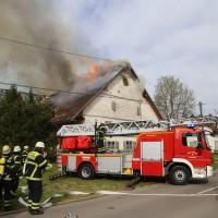 11-05-2016_Memmingen_Hart_Brand_Bauernhof_Feuerwehr_Poeppel_0054