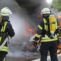 14-05-2016_A7_Berkheim_Dettingen_Pkw-Brand_Feuerwehr_Poeppel_0014
