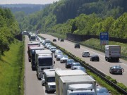 25-05-2016_A96_Aichstetten_Aitrach_Unfall_Lkw_Pkw_Polizei_Poeppel_0011