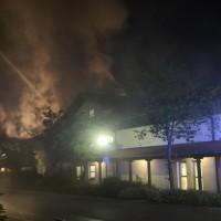 26-05-2016_Unterallgaeu_Bad-Woerishofen_Brand_Reisebus_Parkhaus_Feuerwehr_Poeppel_0003