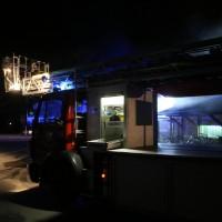 26-05-2016_Unterallgaeu_Bad-Woerishofen_Brand_Reisebus_Parkhaus_Feuerwehr_Poeppel_0007