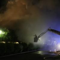 26-05-2016_Unterallgaeu_Bad-Woerishofen_Brand_Reisebus_Parkhaus_Feuerwehr_Poeppel_0040