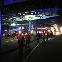 26-05-2016_Unterallgaeu_Bad-Woerishofen_Brand_Reisebus_Parkhaus_Feuerwehr_Poeppel_0058